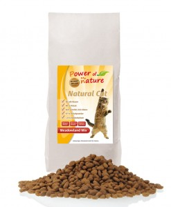 POWER OF NATURE Natural Cat Meadowland Mix  (kurczak, indyk, łosoś) 2 kg